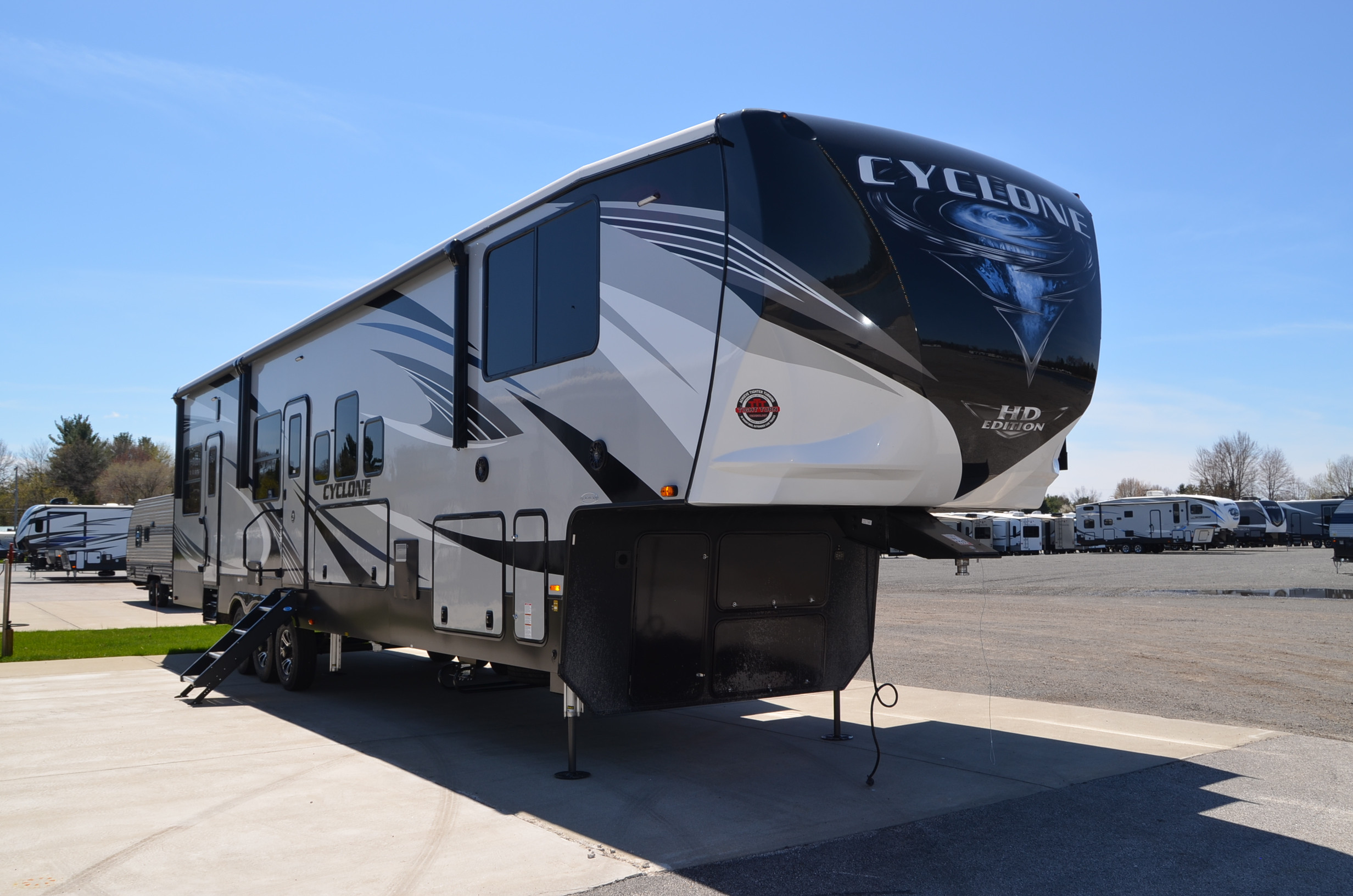 2021 Heartland Cyclone 4007 Camper Ebay