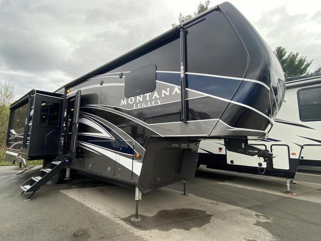 2021 Montana 3120RL - 703818