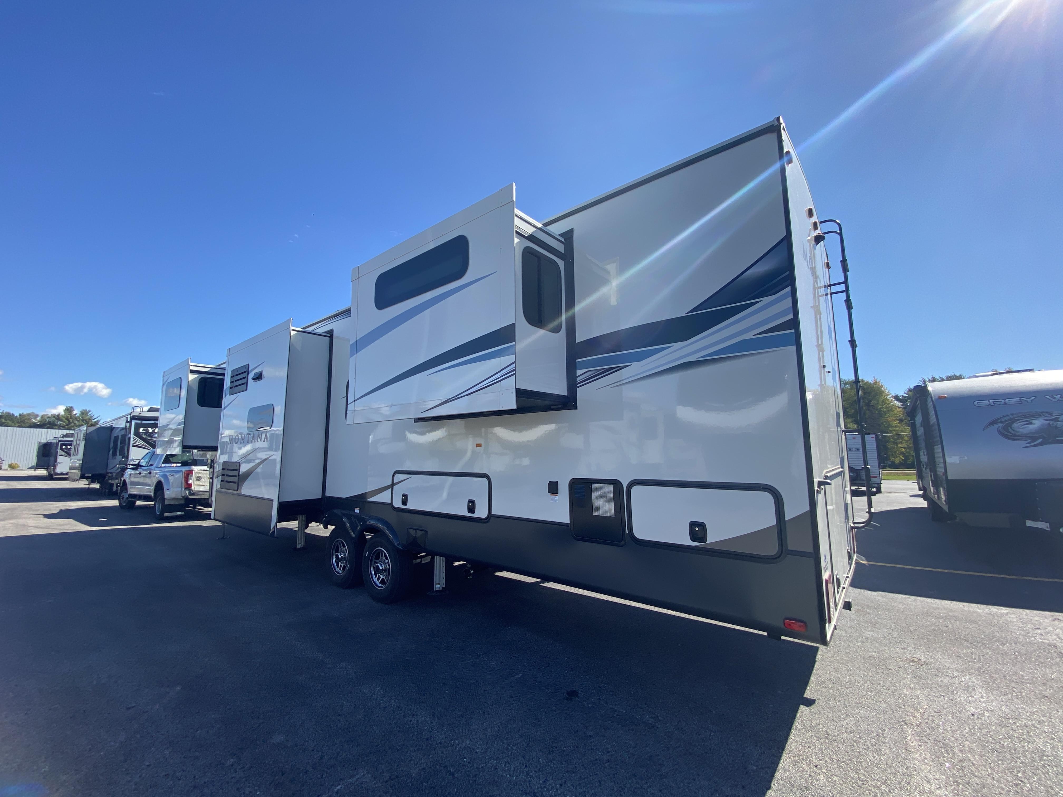 thumbnail 6 - 2021 Keystone Montana 3762BP Camper