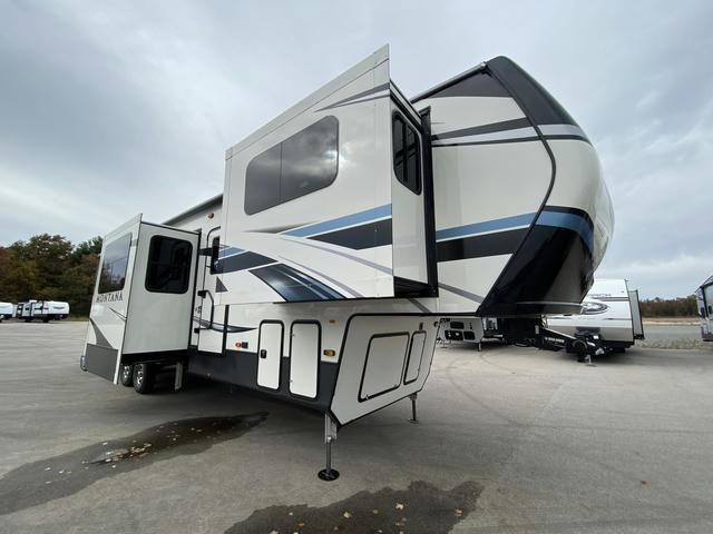 2021 Montana 3762BP - 701587