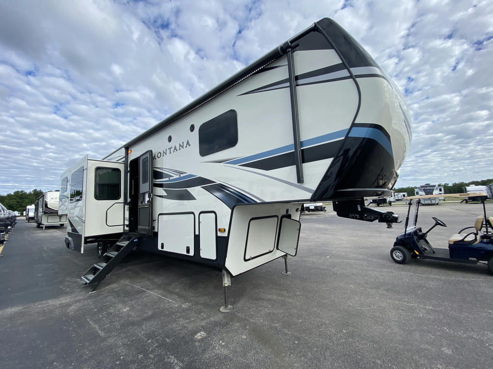 2021 Montana 3791RD