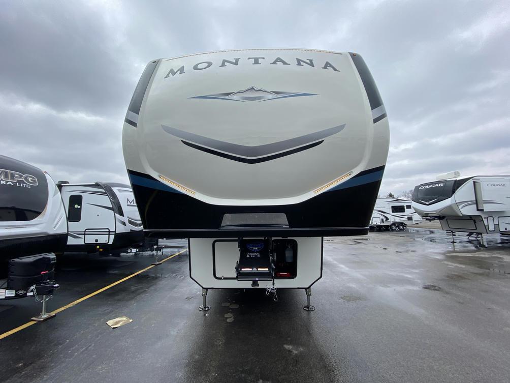 2021 Montana 3931FB