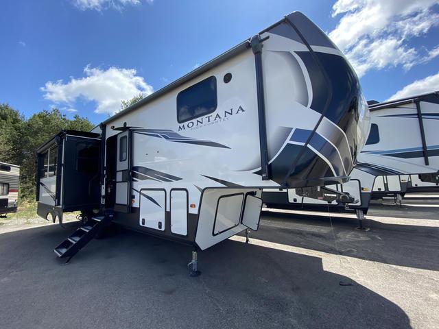 2021 Montana High Country 294RL - 743761