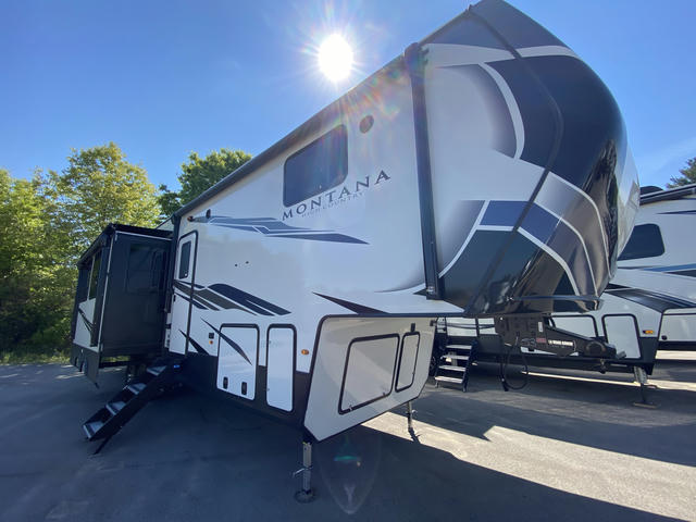2021 Montana High Country 350BH - 744153