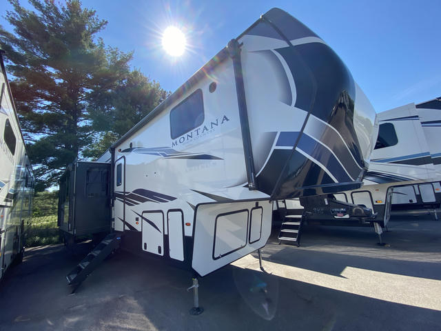 2021 Montana High Country 351BH - 743948