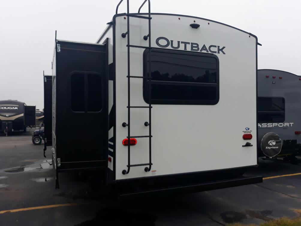 2021-outback-324cg-photo-017