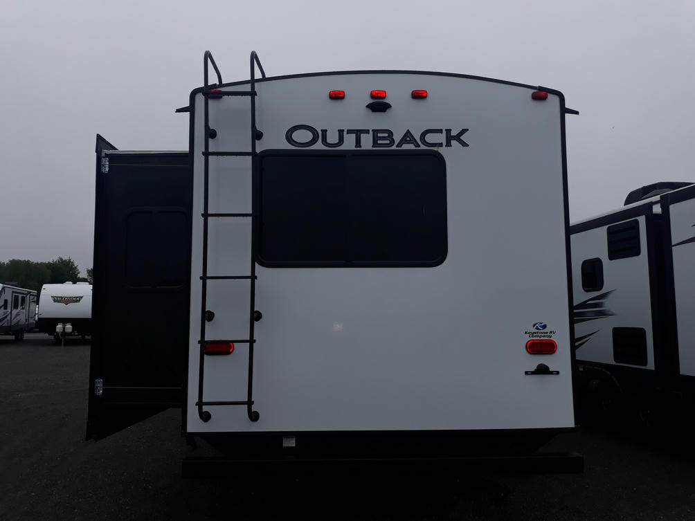 2021-outback-324cg-photo-040