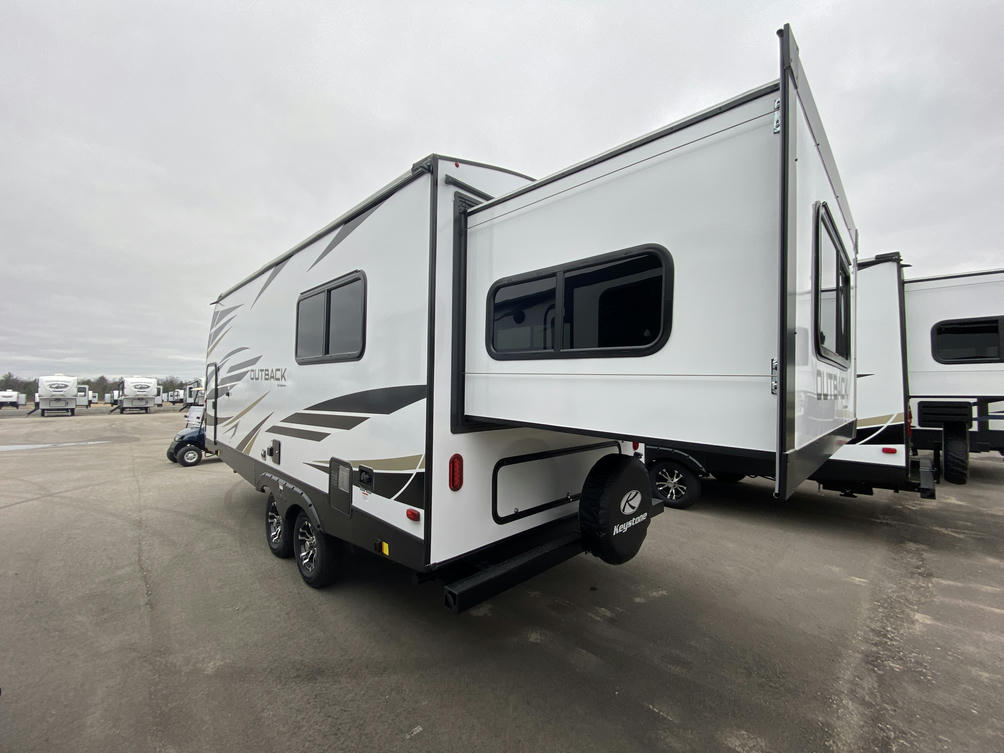 2021 Outback Ultra Lite 210URS