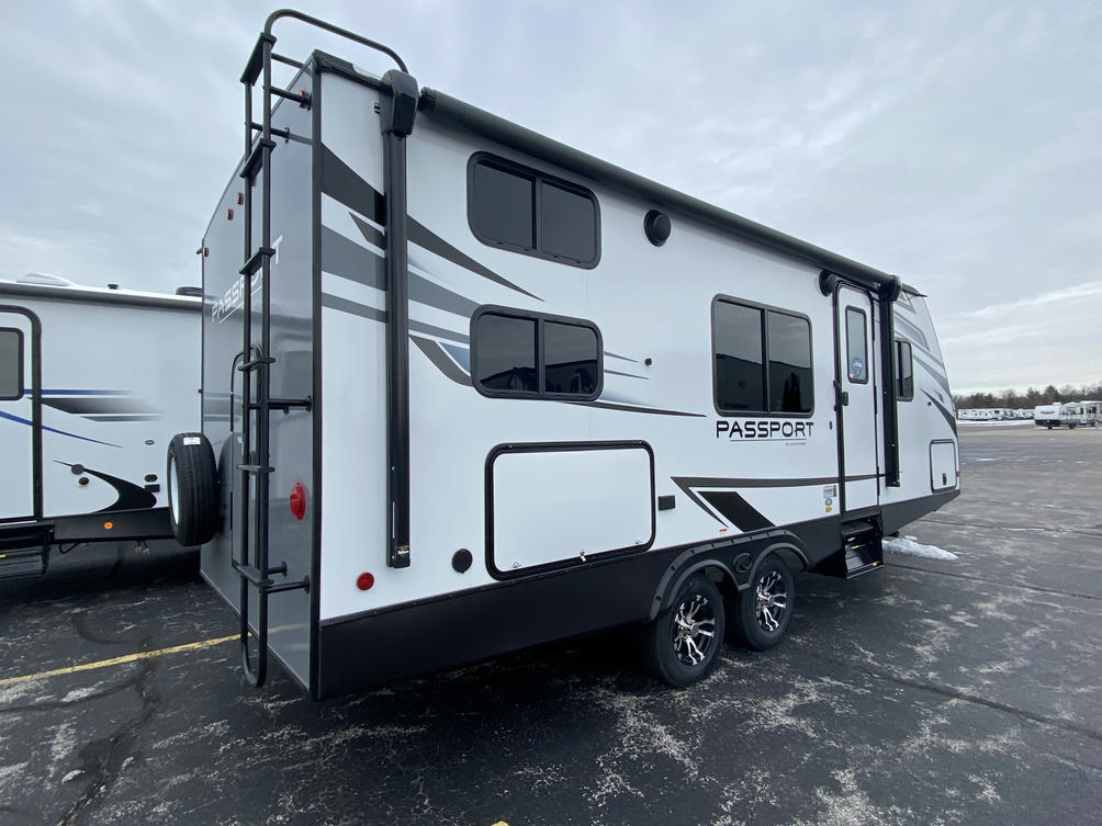 2021 Passport SL Series 219BH