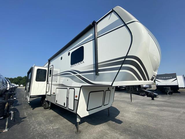 2022 Montana 3121RL - 700265
