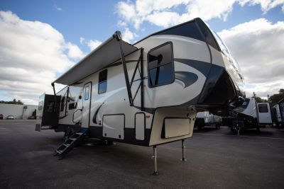 2019 Cougar 366RDS Exterior Photo