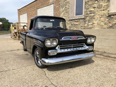 1959 Chevrolet APACHE Photo