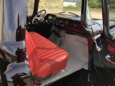 1959 Chevrolet APACHE Photo