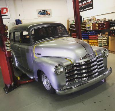 1950 Chevrolet SUBURBAN Photo
