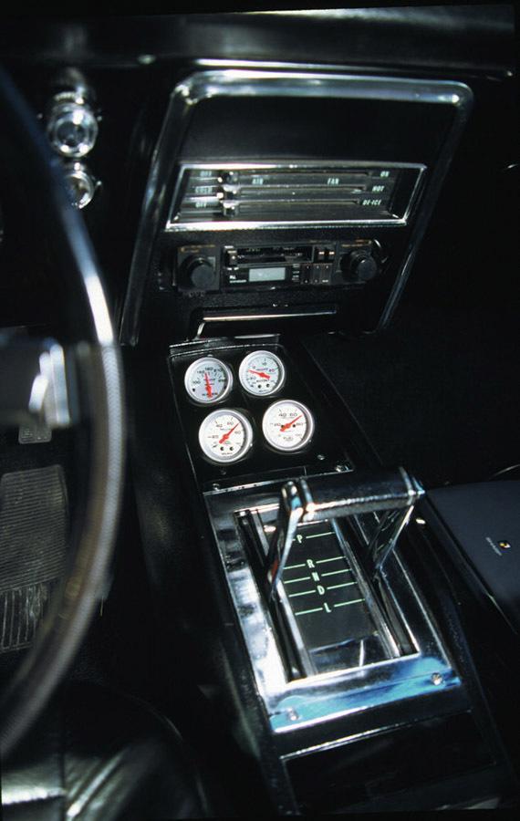 Autometer 2-1/16 4 Gauge Console Pod - 68-69 Camaro
