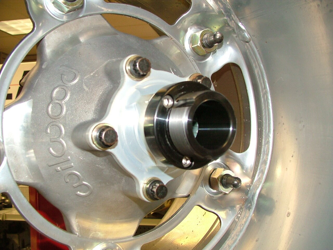Drp Performance Adapter Wide 5 Drive Flange Dust Cap