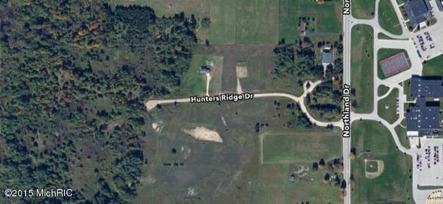Hunters Ridge 10 Dr Morley, MI 49336