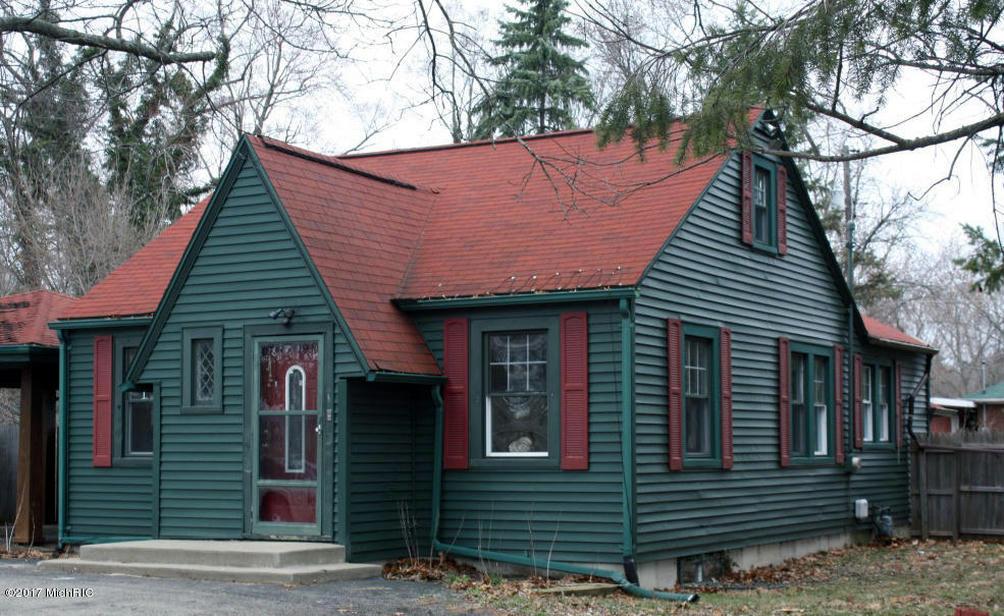 359 E Napier Ave Benton Harbor MI 49022