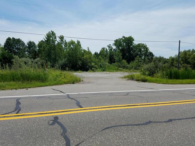 3613 N M 63 Highway Benton Harbor, MI 49022