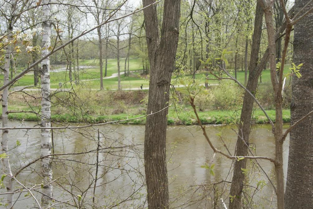 Lot 3 E River Rd  Mount Pleasant, MI 48858
