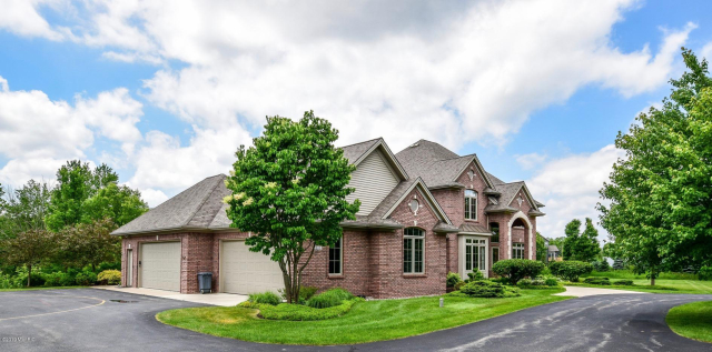 1280 Royal County Down Se  Grand Rapids, MI 49546