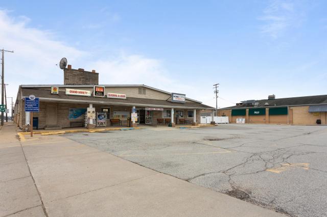 1 N Whittaker St New Buffalo MI 49117