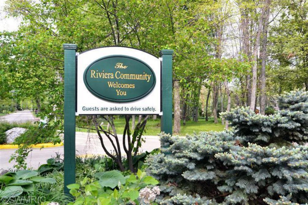 11240 Riviera Dr New Buffalo MI 49117