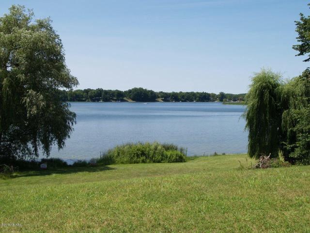 D & E Vacant Land Paradise Lake Rd  Vandalia, MI 49095