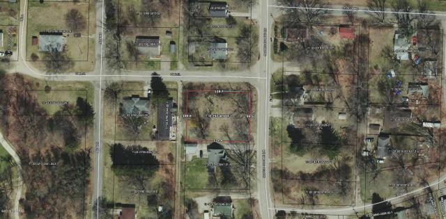 820 N North Shore Dr Benton Harbor MI 49022