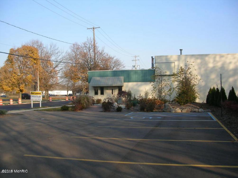 1016 E Walnut St Kalamazoo, MI 49001