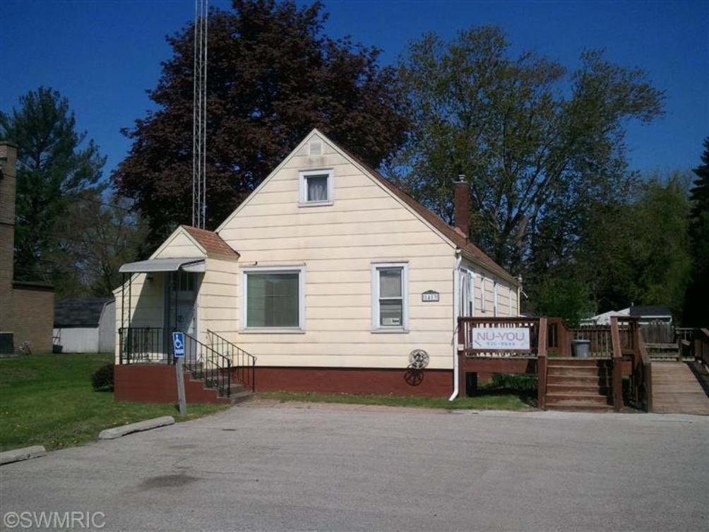 1413 E Napier Ave Benton Harbor MI 49022