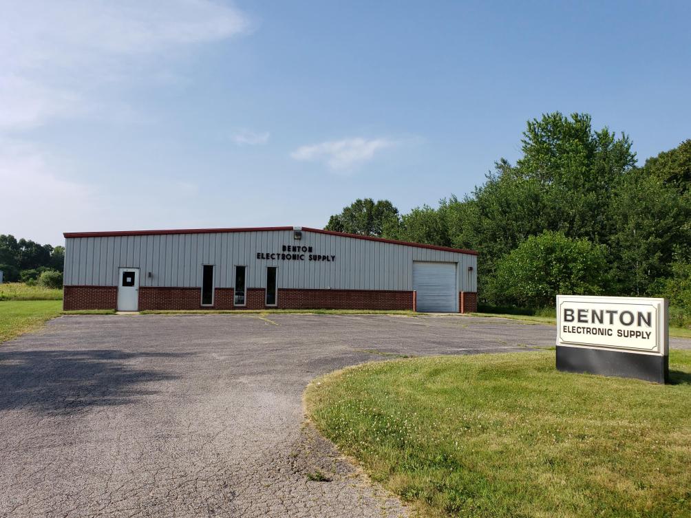 1465 E Main St Benton Harbor MI 49022