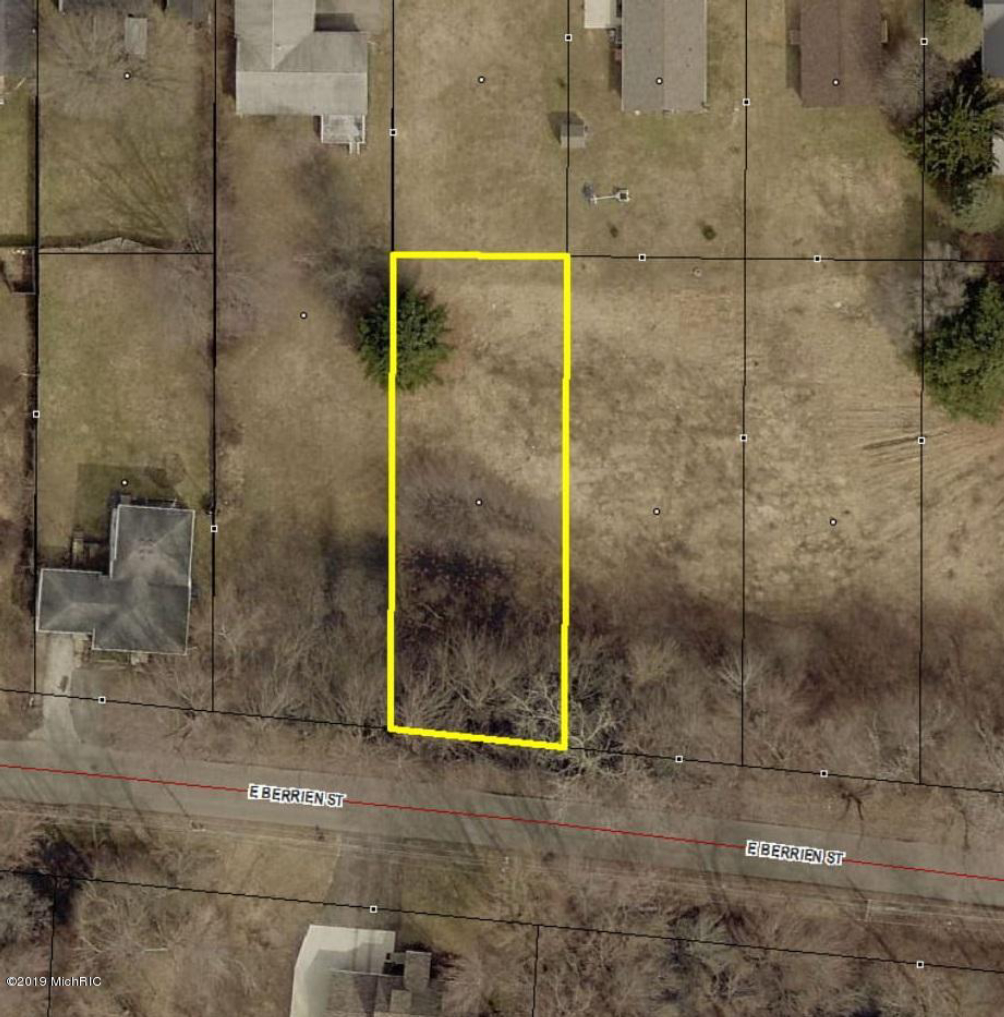 V/L E Berrien Lot 1  Paw Paw, MI 49079