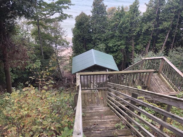8 W Szerlong Rd Bear Lake MI 49614