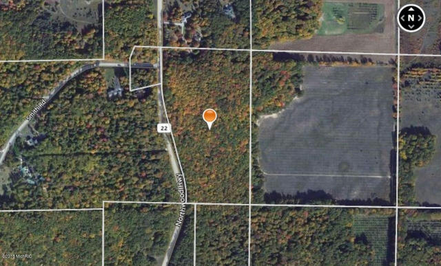 20 Acres M-22 `  Onekama MI 49675