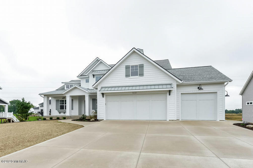 5890 Analise 12 Ne Ln Ada, MI 49301