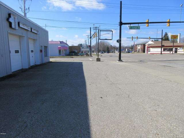 102 E Michigan Ave Paw Paw MI 49079