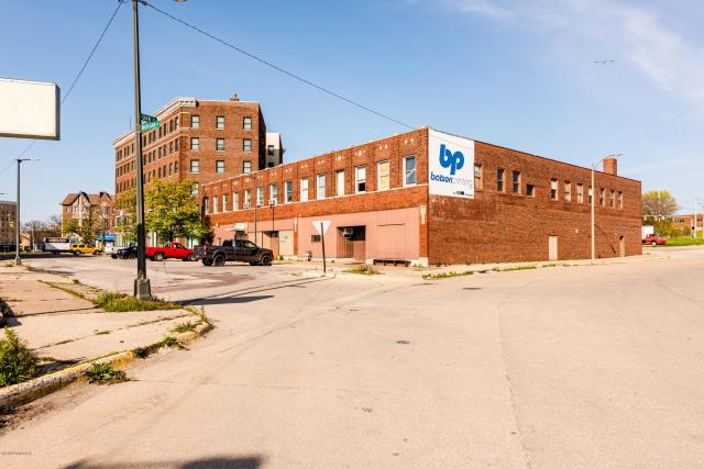195 Michigan St Benton Harbor, MI 49022