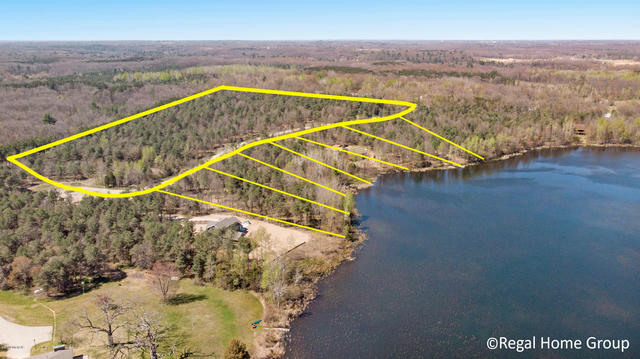Country Lot 8 Rd Belding, MI 48809