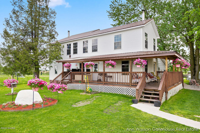 15833 Cannonsville Rd Coral, MI 49322