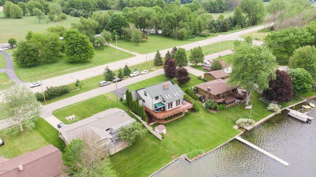 632 Lyon Lake Rd Marshall, MI 49068