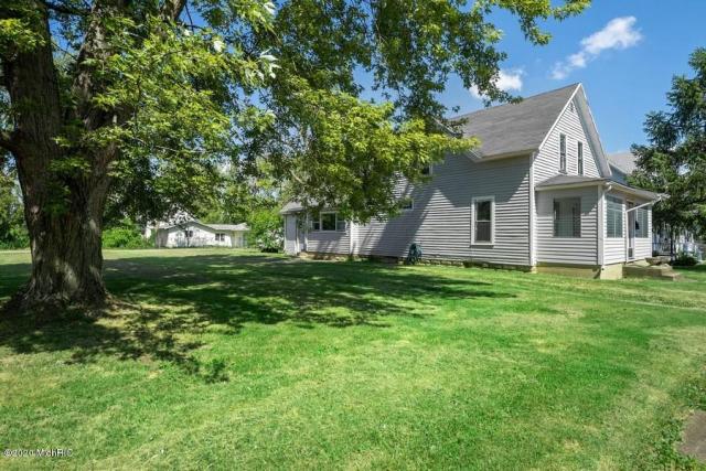 310 Magnolia St Three Oaks, MI 49128