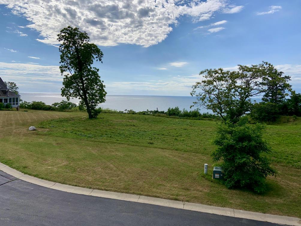129 Northbridge Ct Benton Harbor, MI 49022