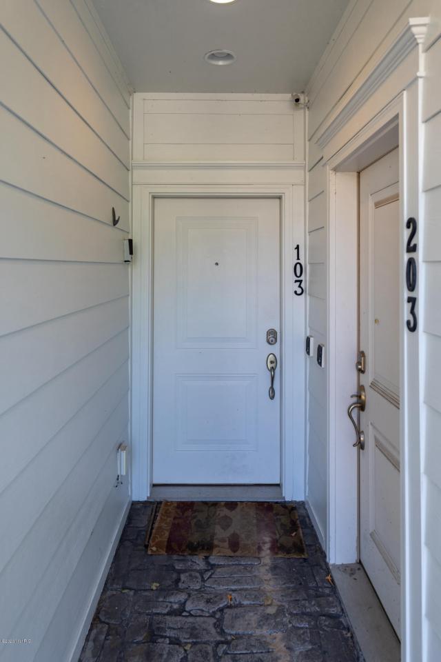 333 Cottage 103 Ln Grand Haven MI 49417