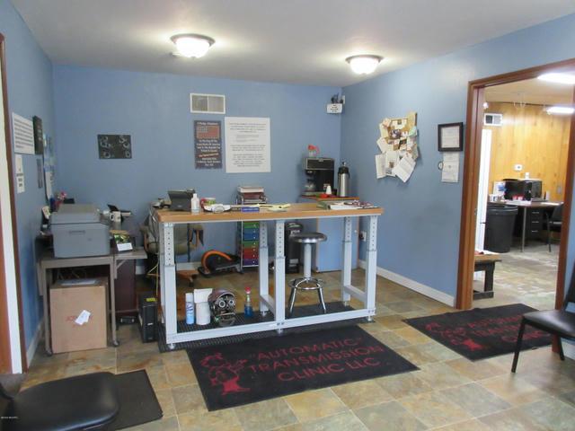 2706 Portage St Kalamazoo, MI 49001