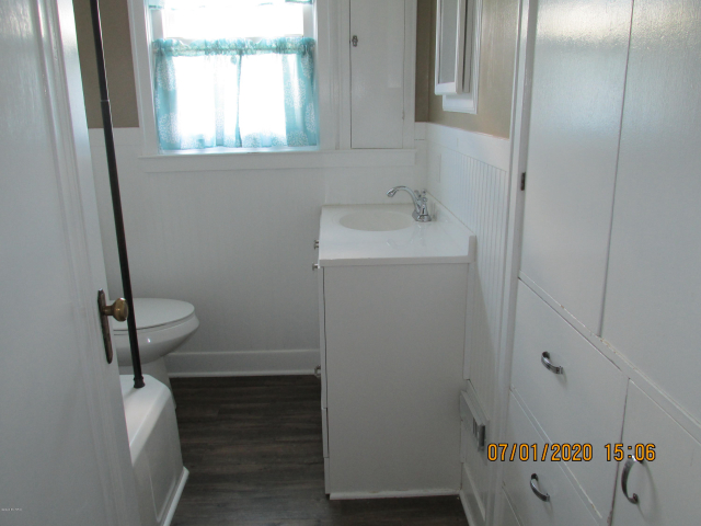 9454 N Greenville Rd Lakeview MI 48850