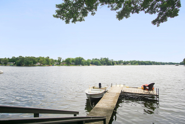 1223 Harbor Point Dr Norton Shores, MI 49441