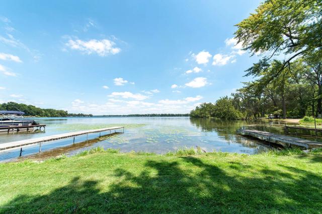 4203 Long Lake Dr Portage, MI 49002