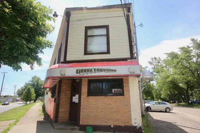 1010 Pipestone St Benton Harbor, MI 49022