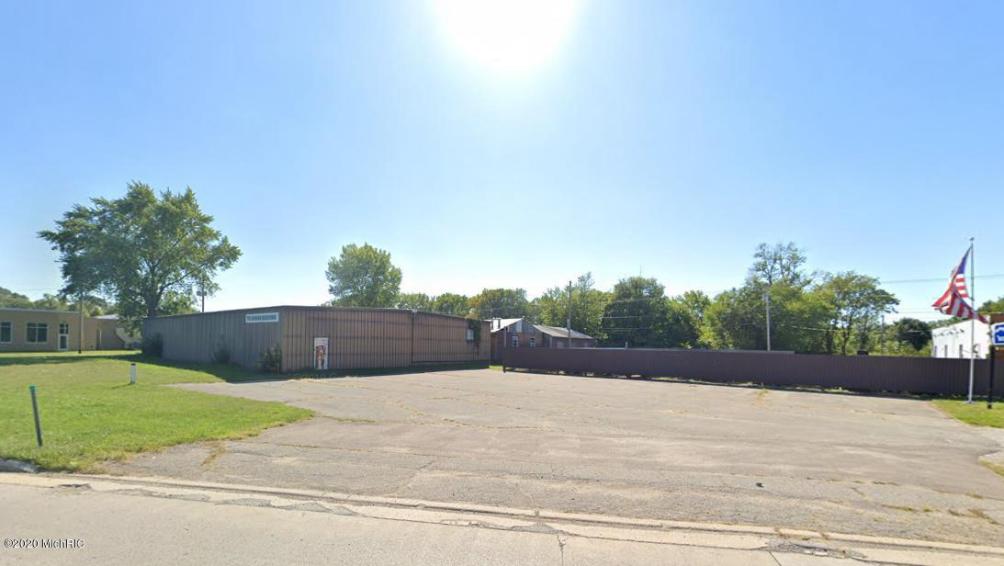 790 M-139  Benton Harbor, MI 49022